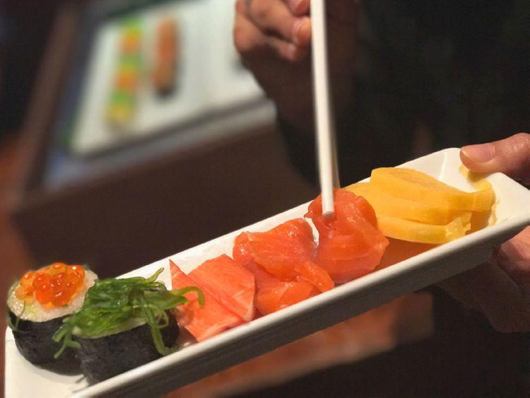 อาหารญี่ปุ่น Japanese Food Dinner Dinner Time Salmon Sashimi Salmon Sushi SalmonLove