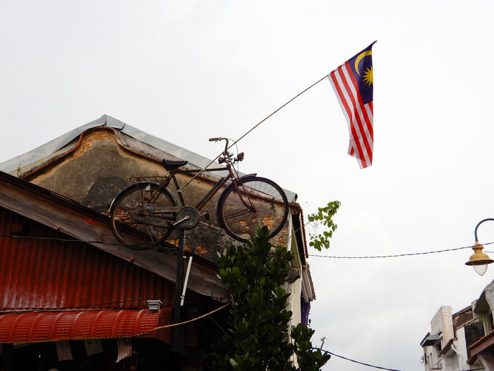 Old hanging bicycle A Bicycle Hanging Old Old Hanging Bicycle Road Street Streetphotography