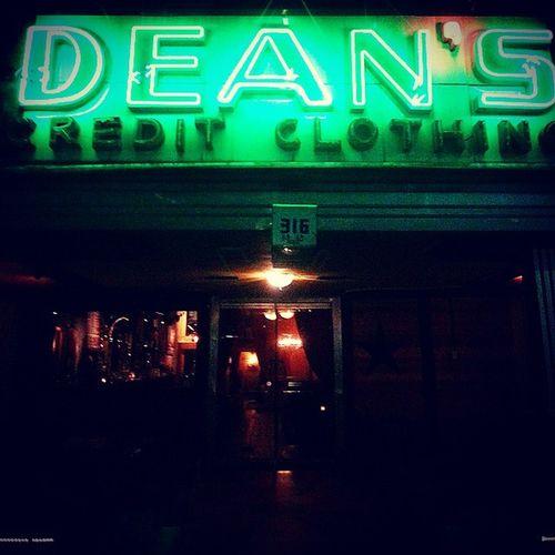 Dean 's Downtown Houston HoustonTX HistoricDristict Neon Retro Texas Nightlife Urban
