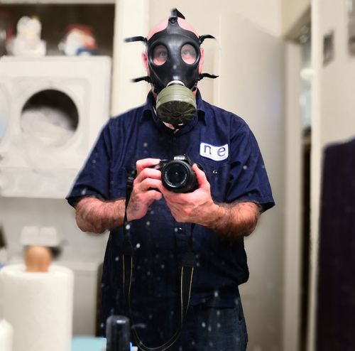 Me Selfie Bob Blaylock That's Me Gas Mask Protective Mask - Workwear Obscured Face Mask