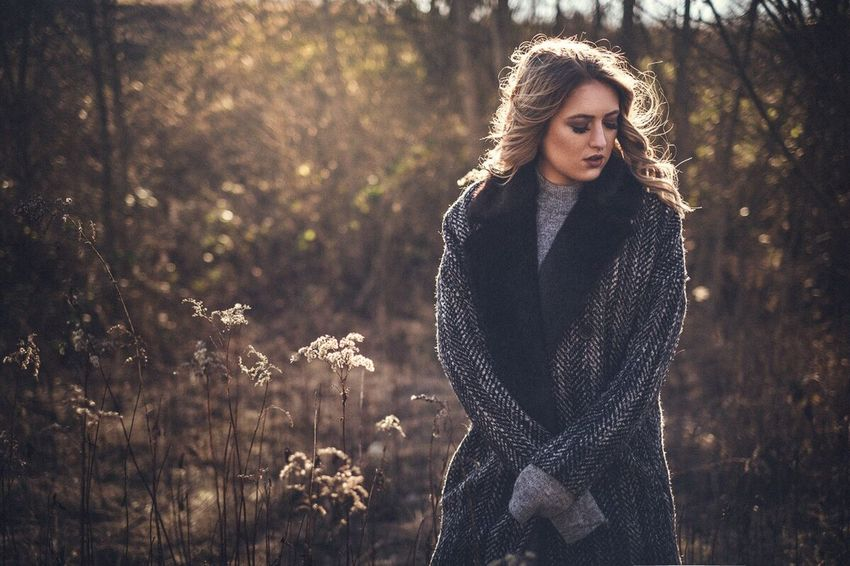 Beauty Beautiful Woman Autumn Nature Outdoors One Person Young Adult Winter Portrait Forest Fashion Young Women Women Only Women Leisure Activity Adult Standing Cold Temperature Beautiful People Lifestyles