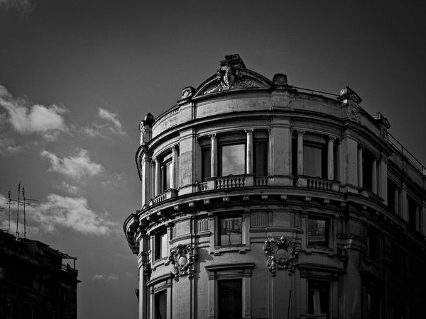 Façade Modern Architecture Architecture Building Exterior Built Structure Italian Architecture Low Angle View No People Outdoors Sky The Architect - 2018 EyeEm Awards Capture Tomorrow