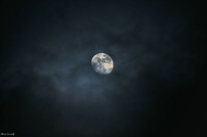 Moon Moonlight Light Light And Shadow Clouds Lostinthought Thegreateye Eye Night Luna Chiarodiluna Emotions Triptothemoon