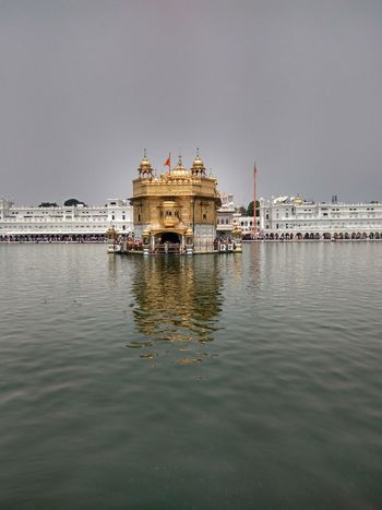 Golden temple in Amritsar -- IndiaCity Goldentemple Amristar India City Nature The Photojournalist - 2017 EyeEm Awards Peace Designing Solace