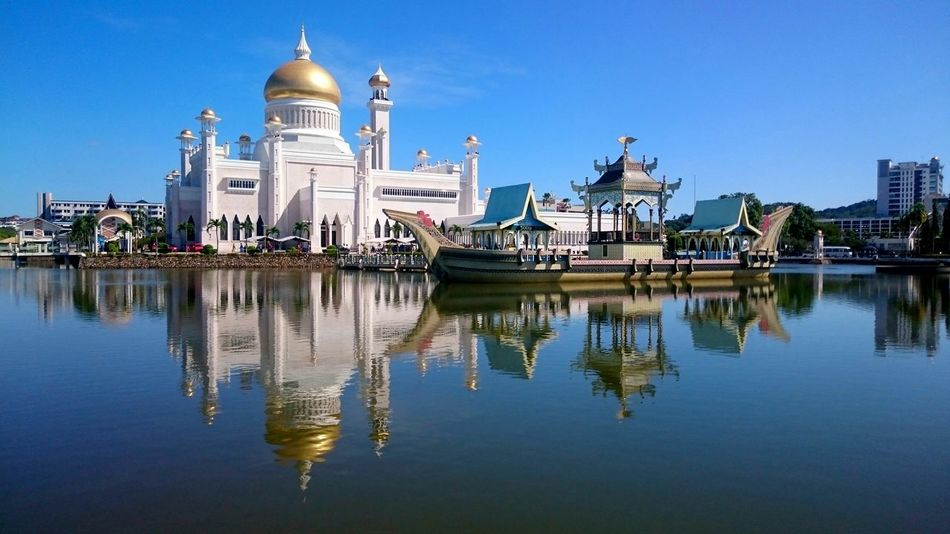 Water_collection Brunei Reflections Water Reflections Reflection EyeEm Best Shots Islam Mosque Architecture Streetphotography