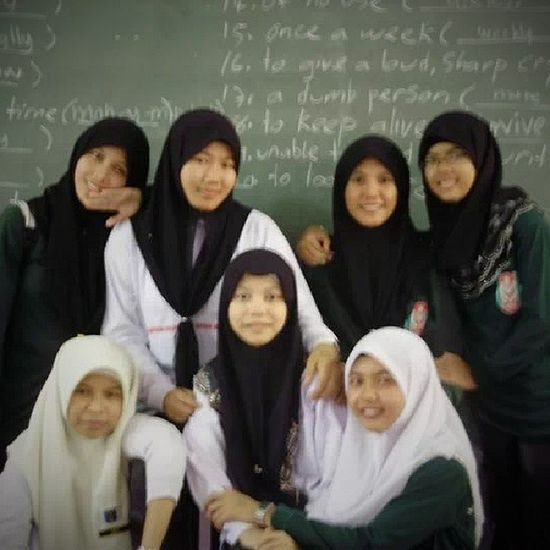hahaa...miss you all...Form5