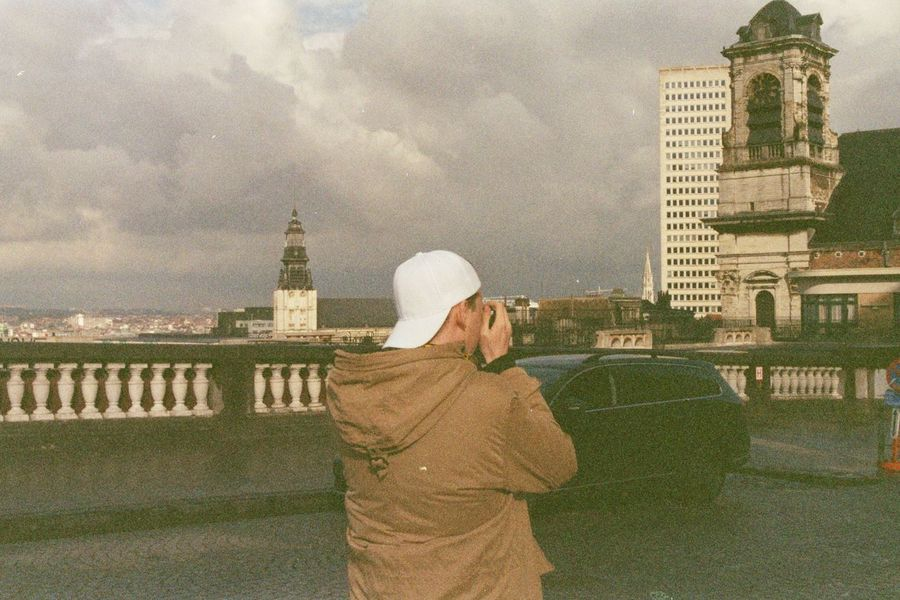 #35mm #analogphotograpy #bruxelles #film Photography #filmisnotdead City Lifestyles Outdoors People
