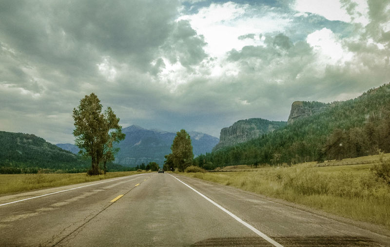 Beauty In Nature Cloud Cloud - Sky Cloudy Country Road Day Diminishing Perspective Empty Empty Road Landscape Long Mein Automoment Mountain Nature No People Non-urban Scene Road Road Marking Scenics Sky The Way Forward Tranquil Scene Tranquility Tree Vanishing Point