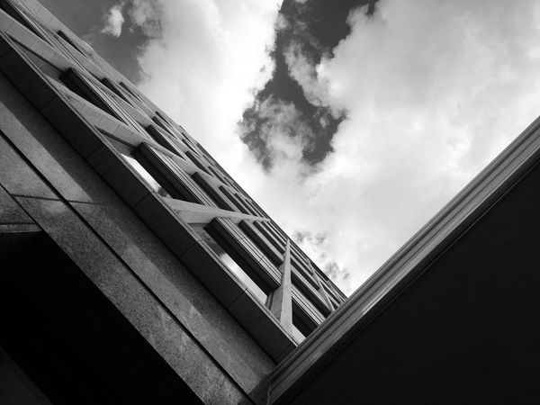 Architecture Cloud - Sky Up Or Down