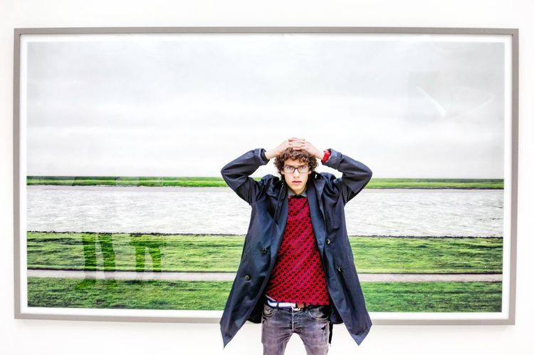 Elias in front of a Photo of Andreas Gursky, Germany, Düsseldorf, Kunstsammlung NRW Street Fashion Fashion Photography People Photography People Art Gallery Artphotography