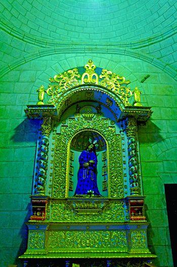 💒 Shrine Religion Architecture Built Structure Indoors  Decorative Art Cajamarca-Perú Gold Jesus Christ Jesus Majestic Beautiful EyeEmNewHere Church Laviniafenton Dreamy EyeEm Gallery EyeEm Best Shots Travel Destinations Architecture