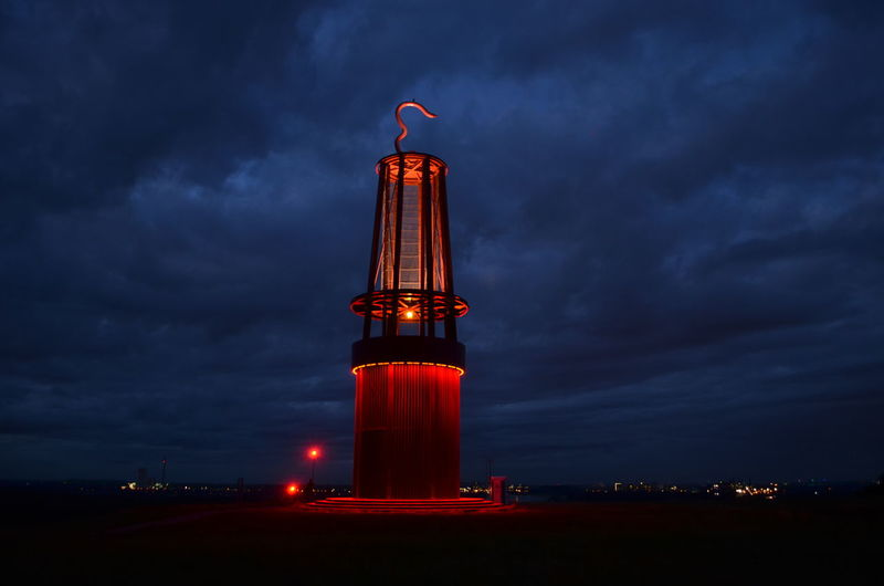 das Geleucht Halden Ruhrgebiet Ruhrpott Architecture Built Structure Cloud - Sky Evening Sky Illuminated No People Outdoors Red Sky Travel Destinations