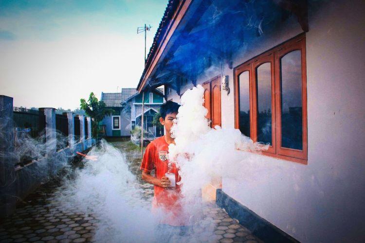 Smokeboom EyeEm Wheniplece Like Likeback