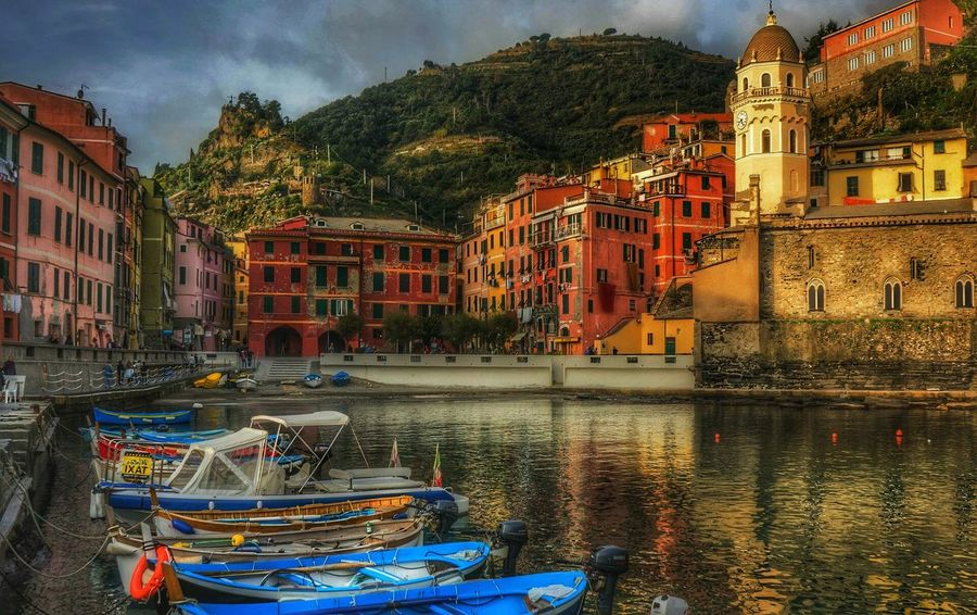 Liguria Eyeemphoto Showcase August Architecture Streetphotography Majestic Eyeem Best Photo Fine Art Photography Taking Photo Taking Photos EyeEm Bestseller Beliebte Fotos From My Point Of View Fantastic Landscape EyeEmbestshots EyeEm Masterclass EyeEmBestPics EyeEm Best Shots EyeEm Gallery Popular Photo Idyllic Photography Of The Mount Edge Of The World Still Life Eyeem Natur Lover EyeEm Selects Your Ticket To Europe Lost In The Landscape