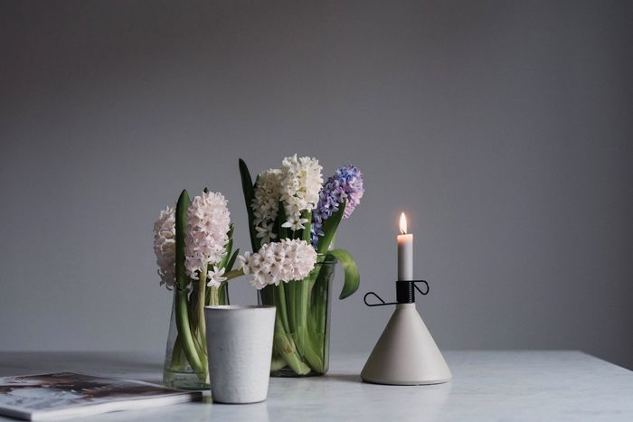 StillLifePhotography Flower Candle Burning Table Vase Flower Head Freshness Bouquet Indoors  Nature In The Home TheWeekOnEyeEM Home Interior Still Life Interior Decoration Tablescene Coffee Break Flower Photography Moments Of Life Myweekoneyeem