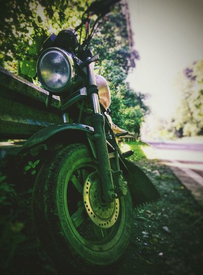 Dirty Bike Transportation Mode Of Transport Old-fashioned Land Vehicle Retro Styled Close-up Green Color Outdoors No People Road Capture The Moment Connected By Travel The Still Life Photographer - 2018 EyeEm Awards