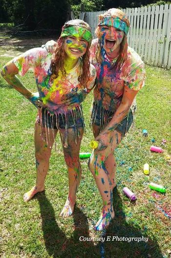 Courtney E Photography Best Friends Paint War Summer