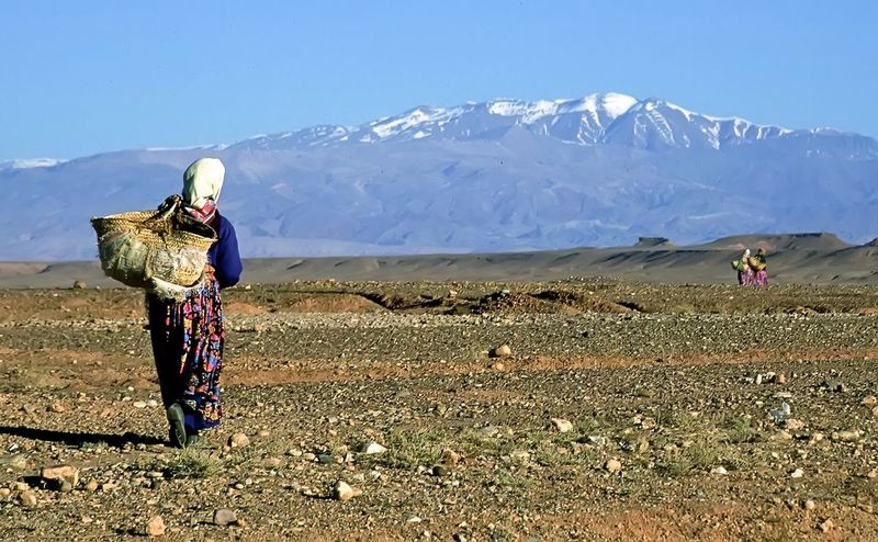 Morocco Deserts Around The World Travel Travel Photography Portrait Of A Woman EyeEm Nature Lover EyeEm Best Shots The KIOMI Collection Desert Landscape The Following