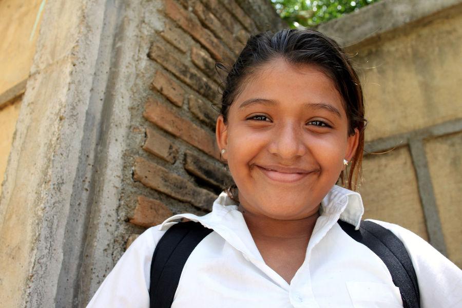 Friendship Kids Nicaragua Portrait School Travel Volunteer Volunteering