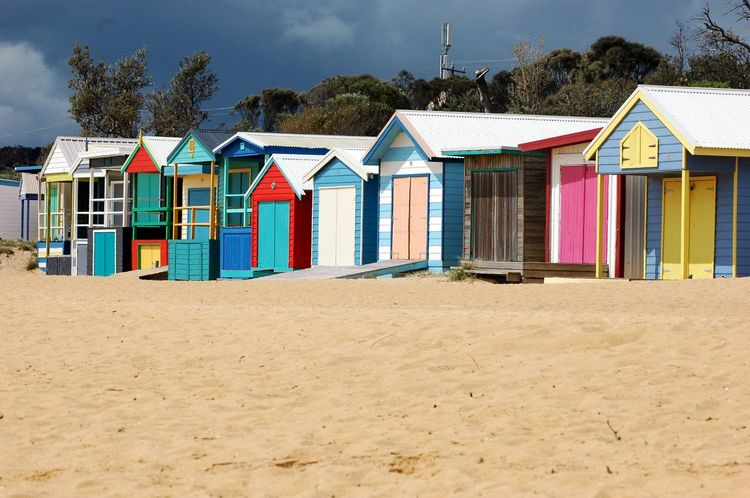 Beautifully Organized Beach Sand Multi Colored Vacations Outdoors Beach Hut No People In A Row Building Exterior Architecture Day Mornington Peninsula Brighton Victoria Buildings Rainbow Colors Bathhouse Beachbox Architecture Structure Built Structure Vacation Destination Bathingboxes Neighborhood Map The Architect - 2017 EyeEm Awards BYOPaper! Sommergefühle The Week On EyeEm Summer Road Tripping