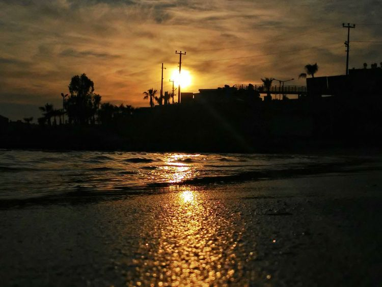 Hello World Sunset_collection Nature Sunset Sunset Silhouettes Beach Sun Güneş♡♥♡ EyeEm Team Mersin The Human Condition First Eyeem Photo Photography Beachphotography Nature Photography Doğa Sahil Telefonografia Sea Enjoying The Sunset Being A Beach Bum Surfing Clouds And Sky Sunshine Sunbathing
