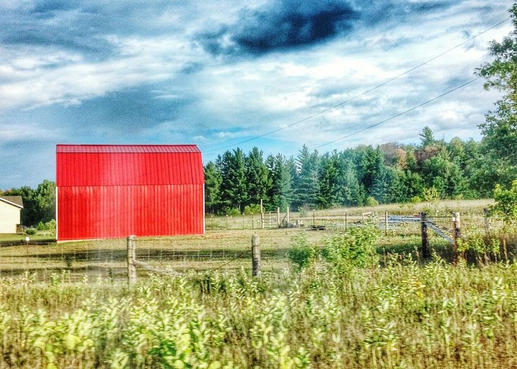 Roadtrip... TGI Fence Post Friday Countryside View From The Window... Red Barn I was driving so my eldest snapped the pic... credit to her :) Cobalt Blue By Motorola Lemon Lime By Motorola Canada Coast To Coast My Country In A Photo Nature On Your Doorstep Blue Wave Colour Of Life