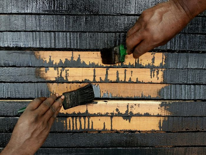 The Painters 6th Finger!. Hands With Brush Shiny Black Dark Hands Paint Brush Dark Background Contrast Wooden Texture