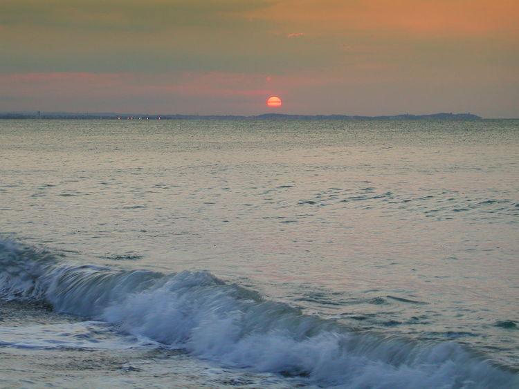 Beach Beauty In Nature Nature No People Outdoors Scenics Sea Sea And Sky Sky Sun Sunrise On The Beach Sunset Water