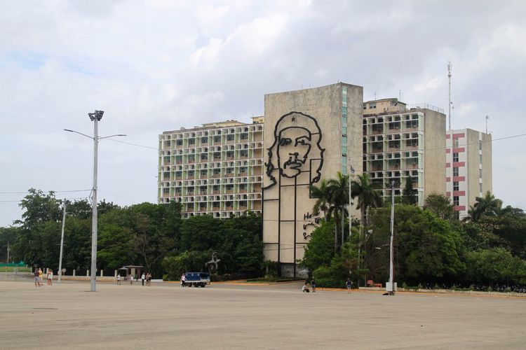 Che Cuba Havana Revolution Revolutionary Architecture Building Exterior Built Structure Che Guevara City Cloud - Sky Monument No People Politics And Government Street Light Travel Destinations Been There.