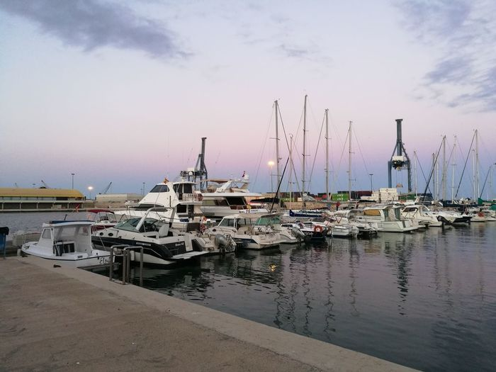 Harbor Harbor View Harbour & Ships Sea And Sky Seascape Photography Voyage Calming Views Calm Water Sunset Sky And Cloud Sailing Boat Sailing España🇪🇸