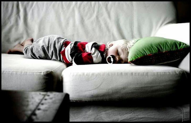 My best friend Marias son resting 😊 Hello World Resting Rest Sleeping Sleepy Kidsphotography Portrait Kid Taking A Nap Enjoying Life