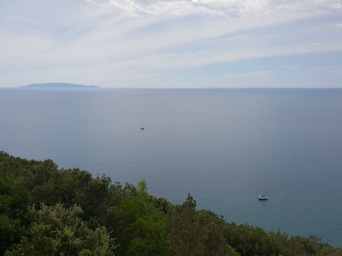 sky and sea Sailboat Boat Sky And Clouds Giglio Island Nature Sky Panoramic View Vista Panorámica Water Sea Island