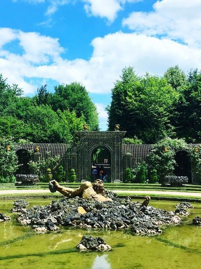 Le géant enseveli Versailles Frenchgarden Garden Royal Encelade Tree Cloud - Sky Sky Nature Water Built Structure Architecture Park - Man Made Space Garden