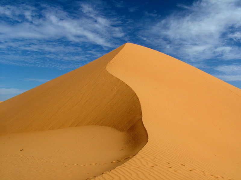 DESERTO DELL'ADRAR Desert Adrar Arid Climate Beauty In Nature Climate Cloud - Sky Day Desert Environment Land Landscape Mauritania Nature No People Non-urban Scene Outdoors Remote Sand Sand Dune Scenics - Nature Sky Tranquil Scene Tranquility