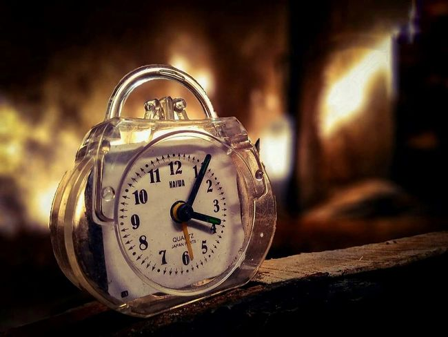Time Clock Alarm Clock Close-up Old-fashioned No People Minute Hand Clock Face Day Midnight Wake Up Time