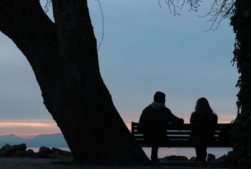 bench Italy Lake Garda Lake Love Friendship Sunset Happy Along The Lake Plant Pinklake