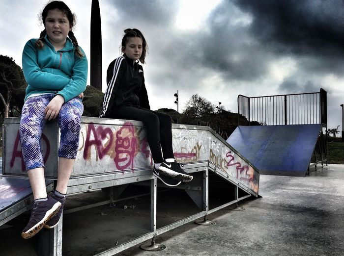 Gloomy skateboard park with no skateboard Check This Out EyeEm Best Shots Skateboarding Streetphotography Graffiti Park Taking Photos Urban SPAIN Shootermag Shootermag_uk Eye4photography  EyeEm Best Edits