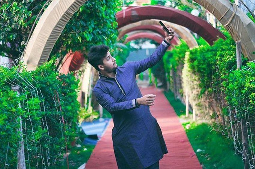 Here i am.. taking Selfie Photography Pushpamverma Me Wedding IndianWedding Traditional Kurta Iamexclusive Iamnikon Iamshutterbug India Indiaphotography People Nikon Nikonphotography D7200 Nikkor 50mm Bihar Patna