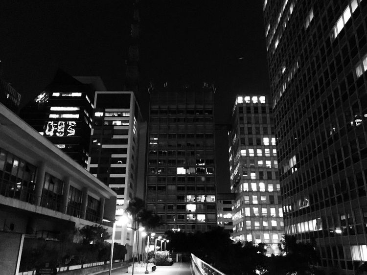 São Paulo SP Saopaulo City Cidade Building Relaxing Arquitecture Night Blackandwhite Paulista Avenue Paulista Conjuntonacional Conjunto Nacional