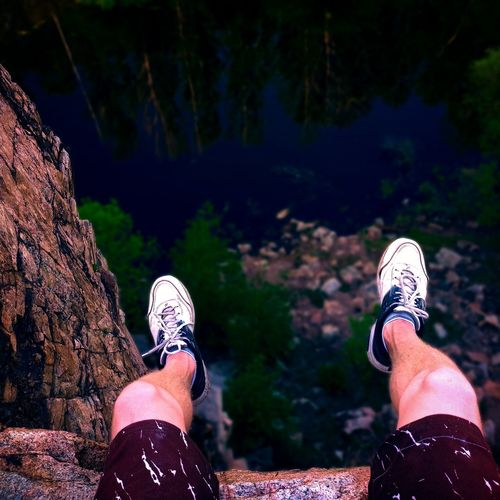 Feet on the edge of the cliffs