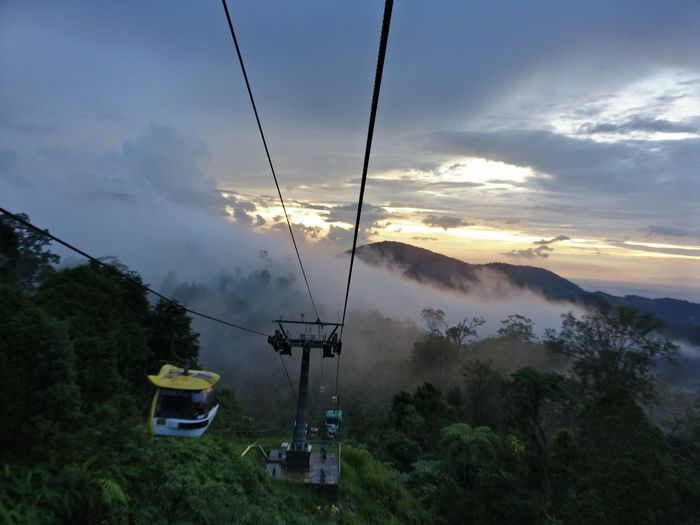 My Year My View Always Be Cozy Cloud - Sky Sky Mountain Nature Cable Overhead Cable Car Tree Sunset Beauty In Nature Lake Outdoors No People Day No Filter Oneplus3 Onepluslife Oneplusphotography DuaEnamKosongLima