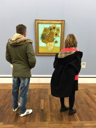 Admiring a Van Gogh at Neue Pinakothek museum in Munich Tc-ce2014 Traveling Art