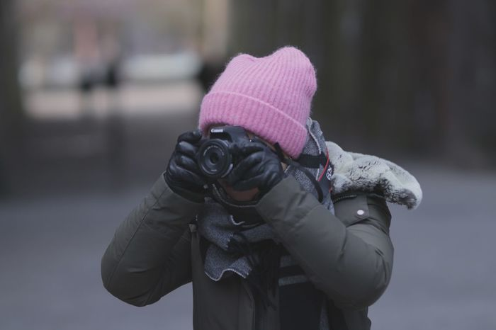 PhotoExperience Photography EyeEm Selects Clothing Real People One Person Warm Clothing Lifestyles Glove Winter Cold Temperature Winter Coat EyeEmNewHere