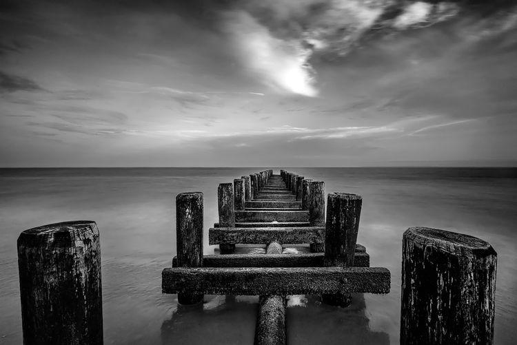 Black And White Coney Island / Brooklyn NY Coney Island Pier Landscapes Moss Ocean Ocean Pier Pier Sea And Sky
