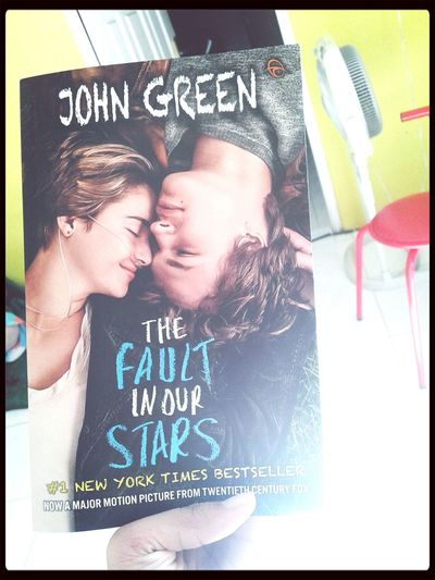 How greats this book♥ I just tried this app. And it's look wonderful■ Taking Photos Superlatepost Late Upload ✌ John Green Books First Eyeem Photo