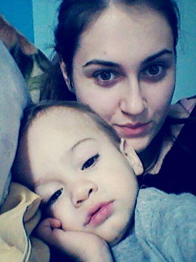 Love Timeeee With My Kid<3<3<3<3<3<3 Watching Cartoons Baby timeeeeeee<3 :-D :-*:-* Staying In Bed
