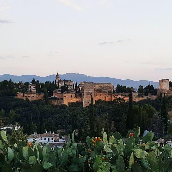 Alhambra De Granada  Sunset Andalucía SPAIN Albyzan Castle History