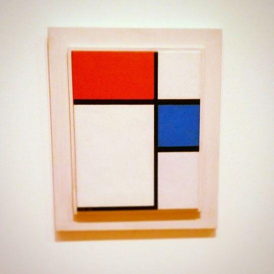 simple but fabulous DreamyZine Today's mission 簡單 Moma Piet Mondrian