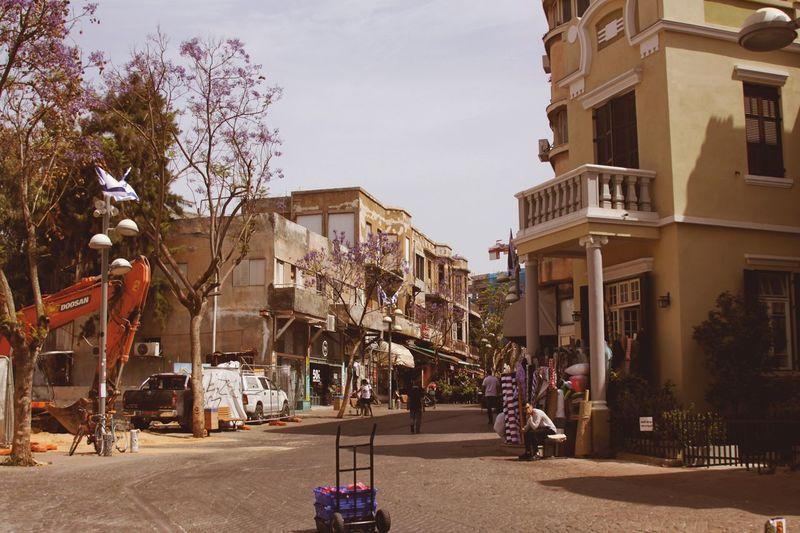 Architecture Outdoors Travel Destinations Day Sky People City Israel Telaviv Telavivcity