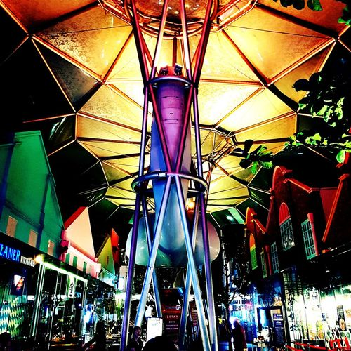 a warm welcoming @Clarke Quay Clarke Quay Singapore Singapore Night Life Amusement Park Ride Arts Culture And Entertainment Amusement Park Multi Colored Close-up EyeEmNewHere